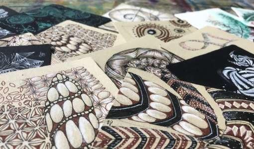 Zentangle® für Fortgeschrittene: Mehrfarbige Muster auf Renaissance Kacheln